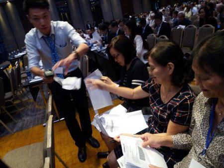 Eximbank rut to trinh thu hoi thu lao 52 ti cua HDQT cu - Anh 1