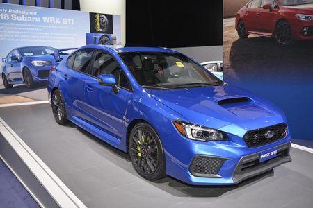 Subaru cong bo gia ban WRX va WRX STI 2018 - Anh 2