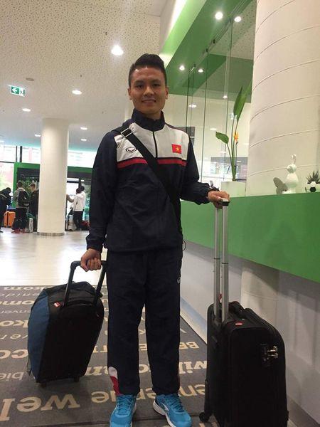 HLV U23 Borussia M'gladbach truyen 'bi kip' cho thu mon U20 Viet Nam - Anh 1