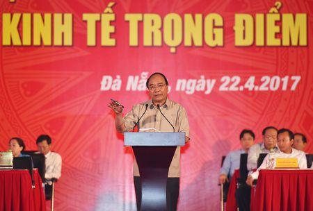 Thu tuong doi thoai voi cong nhan lao dong mien Trung - Anh 12