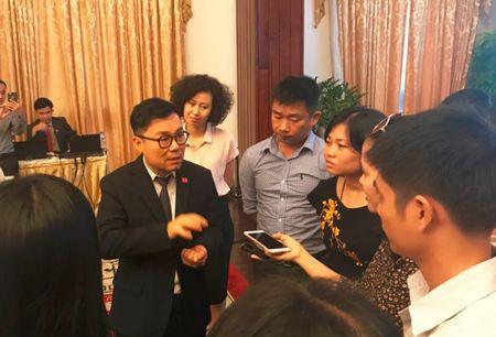 Ong Nguyen Duy Hung: Dung nghi rang tien chi co tung day, cu co hang tot ban at se co nguoi den mua - Anh 1