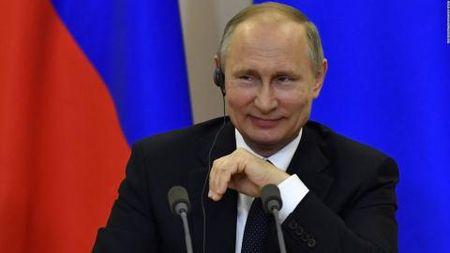 Chinh truong My mau thuan vi Nga: Tam phuc Putin? - Anh 1