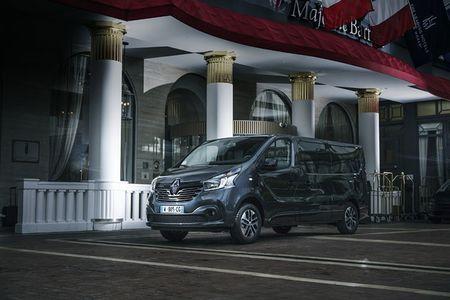 Renault 'trinh lang' xe Van hang sang Trafic SpaceClass - Anh 1