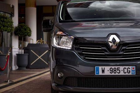 Renault 'trinh lang' xe Van hang sang Trafic SpaceClass - Anh 3