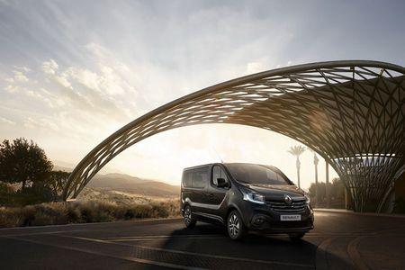 Renault 'trinh lang' xe Van hang sang Trafic SpaceClass - Anh 8