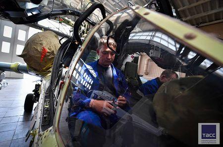 Thang loi o Syria, truc thang tan cong Ka-52 'sot xinh xich' - Anh 13