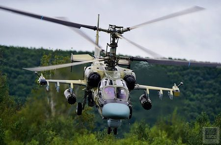 Thang loi o Syria, truc thang tan cong Ka-52 'sot xinh xich' - Anh 18