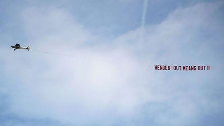 HLV Wenger se tu dinh doat tuong lai sau tran chung ket Cup FA - Anh 2