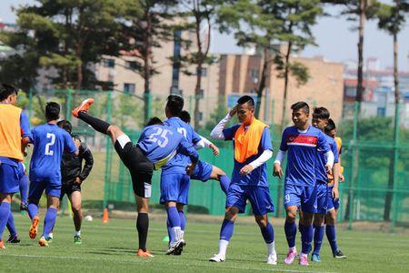 U20 Viet Nam lo doi hinh truoc tran gap U20 New Zealand - Anh 4