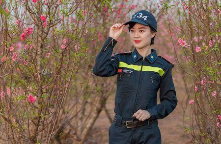 Nu sinh Dai hoc Phong chay chua chay la A khoi nguoi mau anh - Anh 2