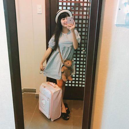 Ve nong bong cua co nang lo anh trong phong xam gay sot cong dong mang - Anh 8