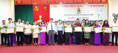 Quang Binh: Tuyen duong 50 ca nhan tieu bieu thi dua lam theo loi Bac - Anh 2