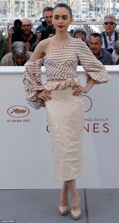 Dan chan dai dinh dam do bo ngay thu 2 tai Cannes - Anh 8