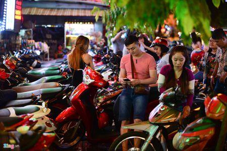 Ong Doan Ngoc Hai noi ly do khong duoc 'xuong duong' dep via he - Anh 2
