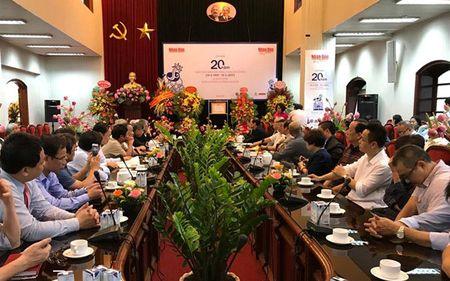 Ky niem 20 nam Bao Nhan Dan hang thang ra so dau tien - Anh 1