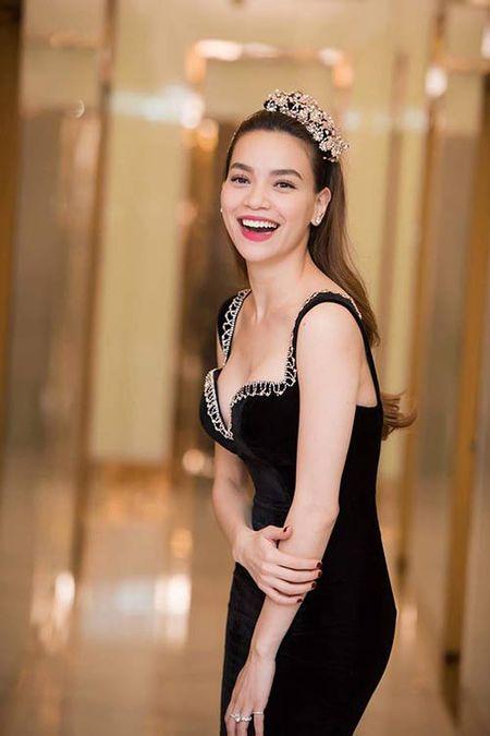 "Ho Ngoc Ha thang than dap tra khi bi cho la ""giong Huong Giang Idol, khong xung danh nghe si"" - Anh 1"