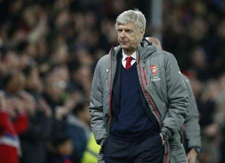Arsenal phu phang voi Wenger, phat cuong vi 1 ty bang - Anh 1