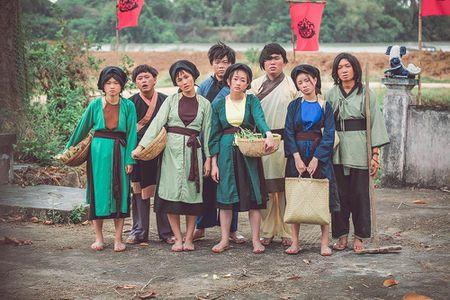 Cu dan mang 'truy tim' co gai tung MV cover Lac Troi cua Son Tung M-TP dang gay sot - Anh 2