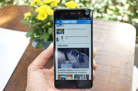 Infinix trinh lang mau smartphone S2 dung camera kep phia truoc - Anh 2