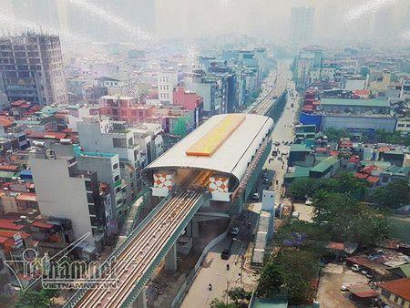 Mo cua tham quan nha ga duong sat tren cao Cat Linh-Ha Dong - Anh 9