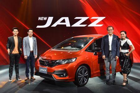 Ra mat Honda Jazz 2017 gia chi tu 360 - 490 trieu dong - Anh 1