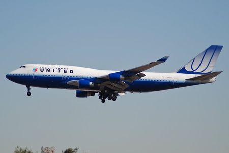 May bay tot nhat the gioi Boeing 777 ra doi nhu the nao? - Anh 3