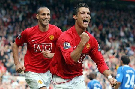 Ronaldo thay anh dai dien Instagram, sap roi Real den Man Utd? - Anh 1