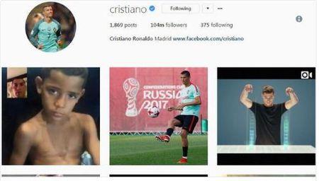 Ronaldo thay anh dai dien Instagram, sap roi Real den Man Utd? - Anh 2