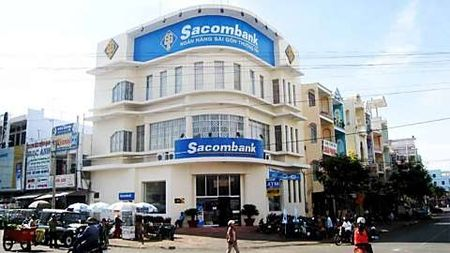Sacombank phan dau nam 2017 tang truong loi nhuan 276%, thu ve 585 ty dong - Anh 1