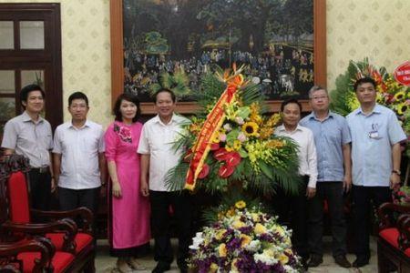 Bo truong Truong Minh Tuan tham cac co quan bao chi chu luc - Anh 3