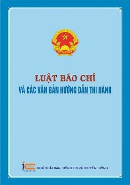 """Ra mat sach """"Luat bao chi va cac van ban huong dan thi hanh"""" - Anh 1"""