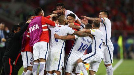 Chile thang kich tinh tran ra quan Confederations Cup 2017 - Anh 1
