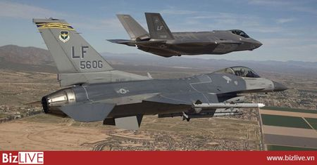 Lockheed Martin se ban F-35 cho 11 quoc gia voi hop dong ky luc - Anh 1