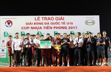 U15 Viet Nam hut chuc vo dich tai giai U15 quoc te 2017 - Anh 1