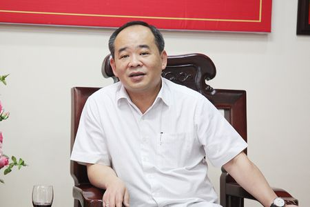 Thu truong Le Khanh Hai chuc mung Bao QDND nhan Ngay Bao chi cach mang Viet Nam - Anh 2