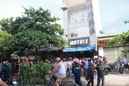 Lua thieu rui quan karaoke 6 tang giua pho Da Nang - Anh 2