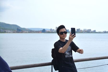 Quang Vinh bat mi thien duong 'song ao' o Dai Loan - Anh 11