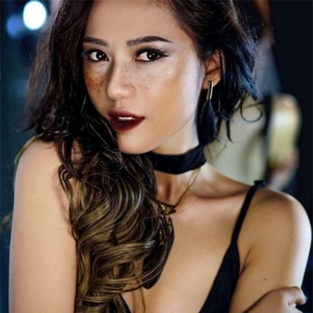 Moi tinh cua Thu Trang 'Song chung voi me chong' va Mac Hong Quan - Anh 1