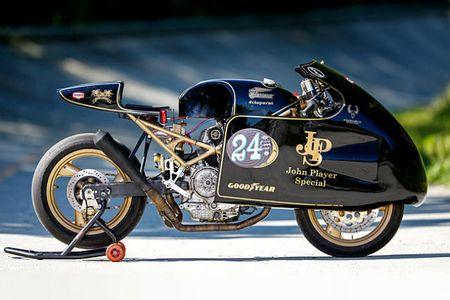 'Chet me' Ducati Monster ban do Meo san chuot - Anh 1