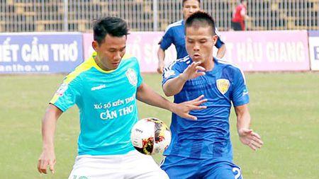 Quang Nam FC vs XSKT Can Tho, 17h00 ngay 20/6: Ve ban ket cho chu nha? - Anh 1