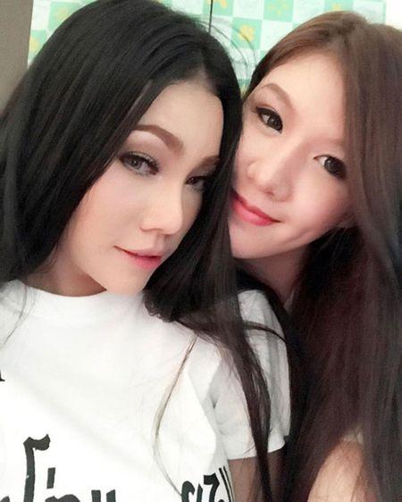 Chuyen tinh dong tinh cua cap doi sexy nhat Thai Lan - Anh 3