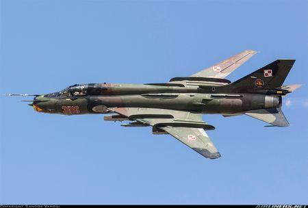 My ban roi may bay Syria: Su-22 chua tung danh thang tren khong - Anh 9