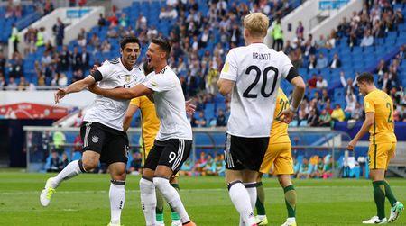 Video ket qua Australia 2-3 Duc vong bang Confederations Cup - Anh 1