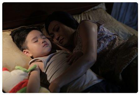 Phuong Thanh dua nan bao hanh gia dinh len phim ngan - Anh 4