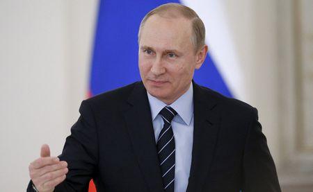 Ai la nguoi co anh huong sau sac den quan diem cua Tong thong Putin? - Anh 1