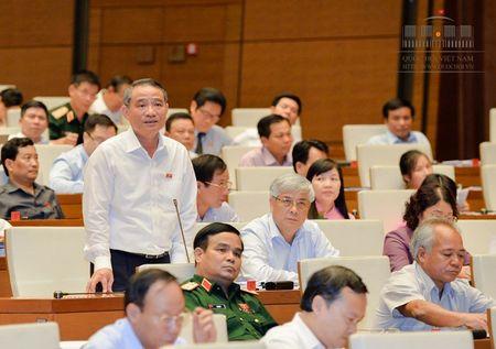 'Bo truong so sanh tien lam duong o My, Duc... voi Viet Nam thi qua khap khieng' - Anh 1
