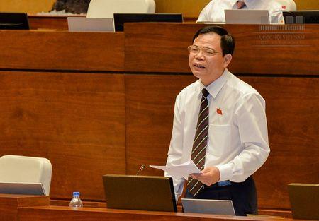 Bo truong Nguyen Xuan Cuong thuyet phuc DBQH cho thanh lap Kiem ngu cap tinh - Anh 1