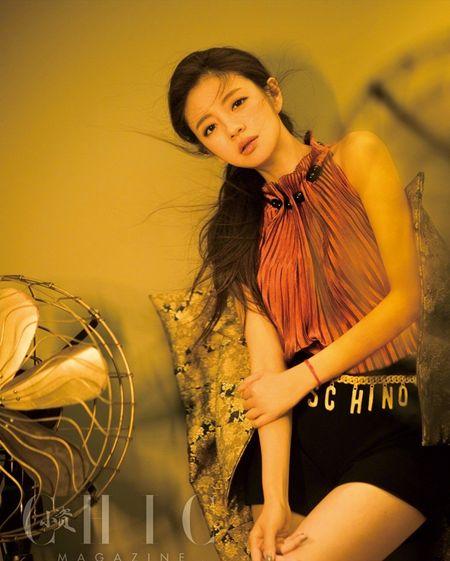 My nhan 'Y Thien Do Long Ky' mong manh quyen ru - Anh 2