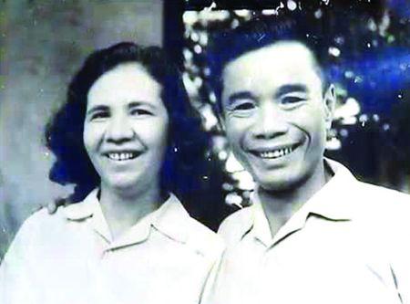 Nha bao Luu Quy Ky va bai ky lay dong long nguoi - Anh 1