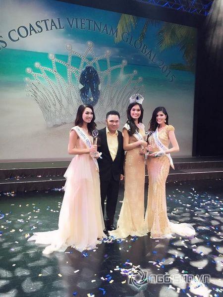 'Ong trum bau show' Qui Ngoc: 'Toi khong thich nghe si goi toi la bau show' - Anh 12